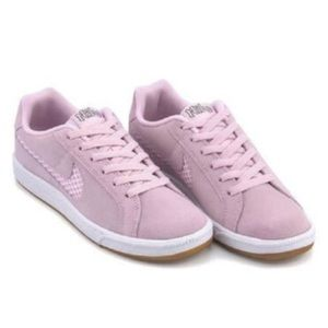 Nike suede shoes Court Royale Premium In Pink 12